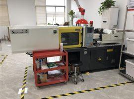 màquina de modelat per injecció